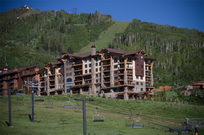 Edgemont in steamboat springs co offers luxury ski in ski for The edgemont